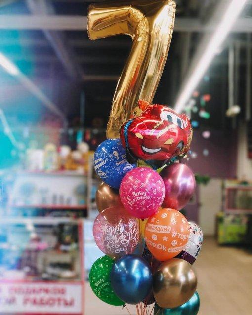 Букет шаров на день рождения 7 лет